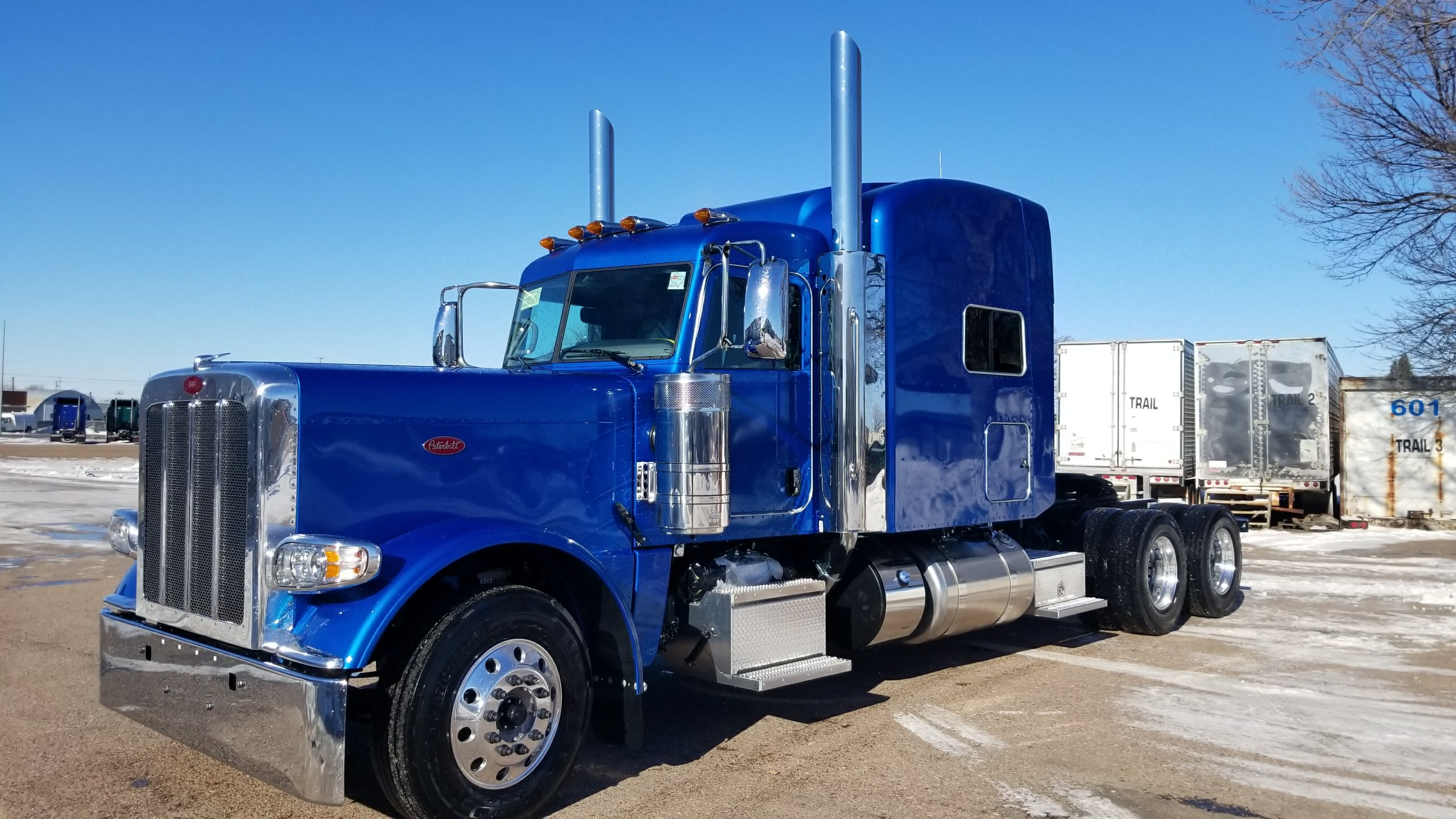 Semi Truck Seats >> NEW BLUE 2019 389 JUST IN TODAY! - Peterbilt of Sioux Falls