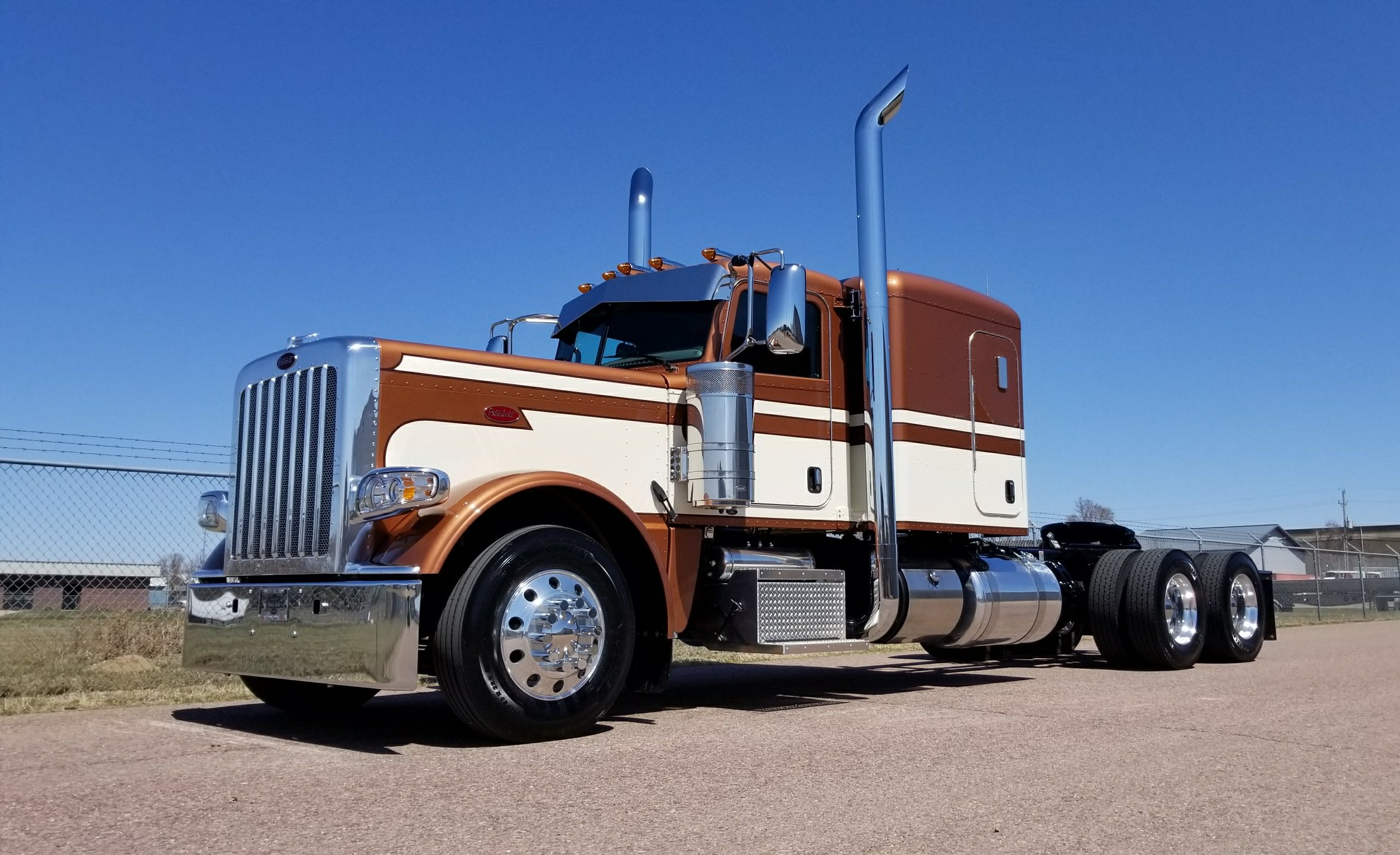 OLD SCHOOL NEW 389 FOR SALE! - Peterbilt of Sioux Falls